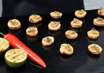 canapés best served with champagne!