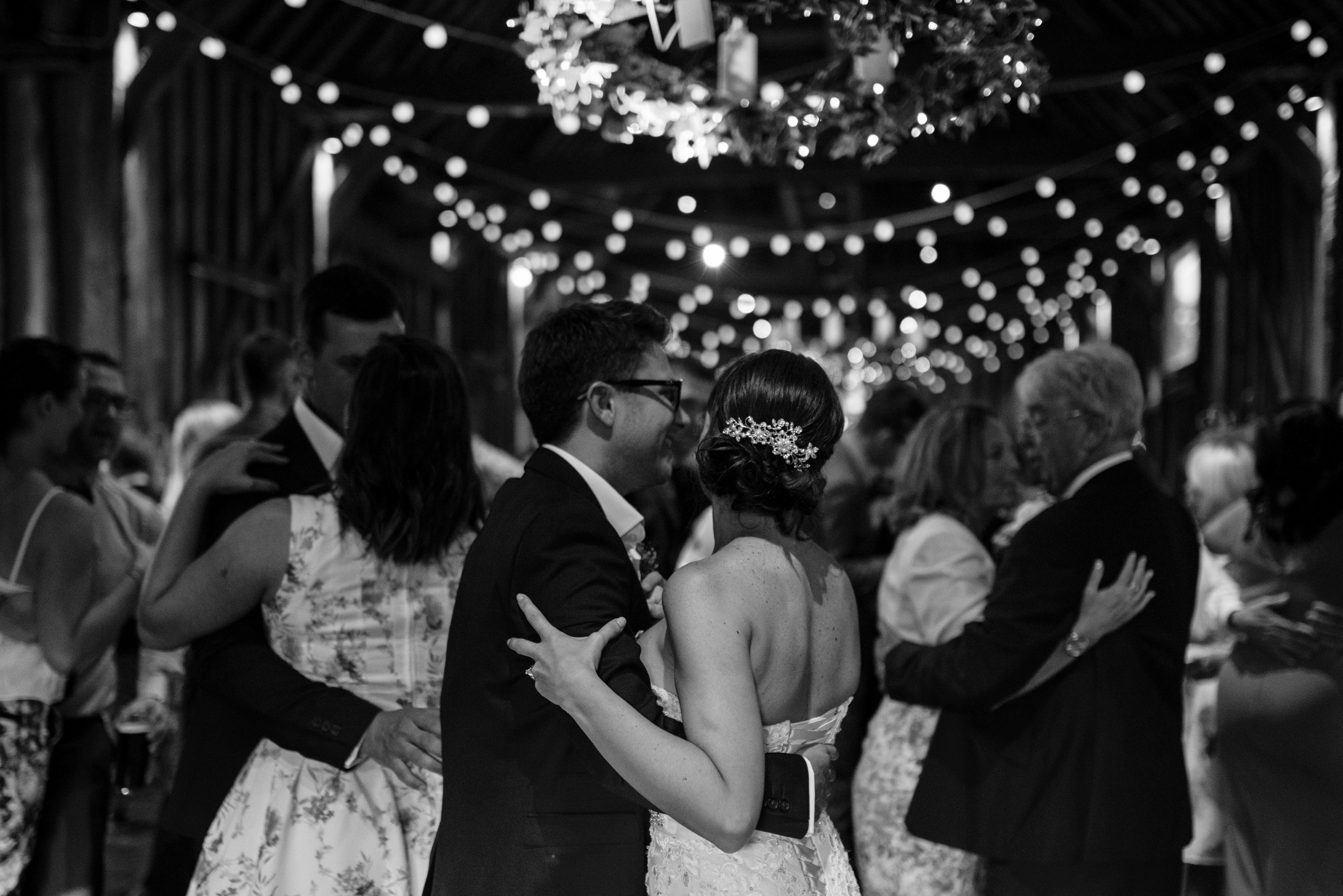 Hannah McClune Photography. The slow dance.